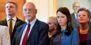 Sveriges EU-minister Hans Dahlgren (S) tillsammans med finansmarknadsminister Per Bolund (MP), jämställdhetsminister Åsa Lindhagen (MP) och Sveriges EU-kommissionär Ylva Johansson (S). Jessica Gow/TT / TT NYHETSBYRÅN