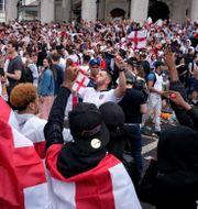 Engelska fans inför matchen. Matt Dunham / TT NYHETSBYRÅN