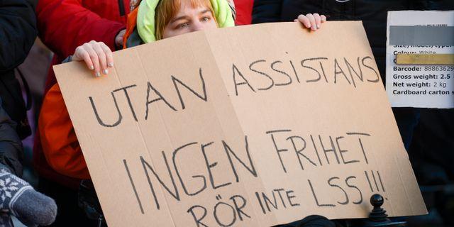 Arkivbild. Manifestation på internationella funktionshindersdagen i december 2016.  Janerik Henriksson/TT / TT NYHETSBYRÅN