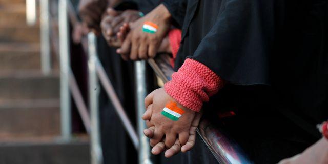 Arkivbild. Indiska kvinnor protesterar i New Delhi. Manish Swarup / TT NYHETSBYRÅN