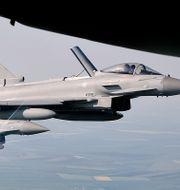Tyskland planerar att köpa 93 stridsflygplan av typen Eurofighter. Vadim Ghirda / TT NYHETSBYRÅN