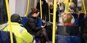 Resenärer i Stockholms tunnelbana. Henrik Montgomery/TT / TT NYHETSBYRÅN
