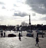 Arkivbild: Place de la Concorde i Paris med Eiffeltornet i bakgrunden Thibault Camus / TT NYHETSBYRÅN