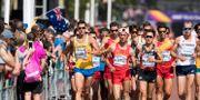 Perseus Karlström går 20 km under friidrotts-VM i London igår. Jessica Gow/TT / TT NYHETSBYRÅN
