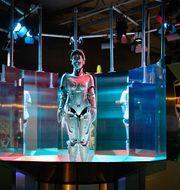 """Roboten Maria på den brittiska robotutställning """"Robots"""" på Tekniska museet. Maria var dock inte banktjänstekvinna, utan filmstjärna. TT"""