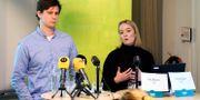 Brå:s utredare Erik Nilsson och Elin Jönsson Fredrik Sandberg/TT / TT NYHETSBYRÅN