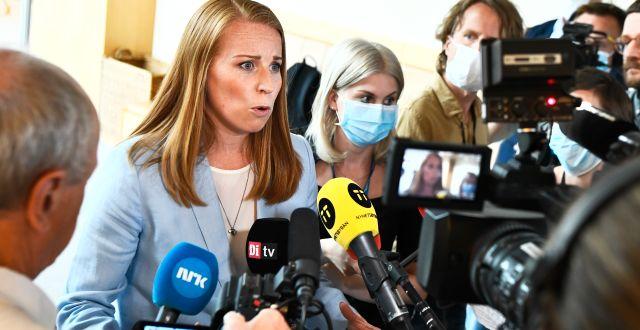 Annie Lööf möter pressen efter sitt möte med talmannen. Claudio Bresciani/TT / TT NYHETSBYRÅN