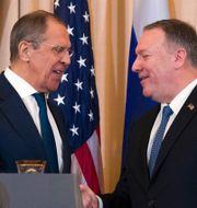 Lavrov och Pompeo när de möttes i december 2019. Alex Brandon / TT NYHETSBYRÅN