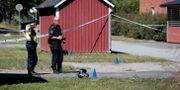 Polis efter dödskjutningen i Vivalla. Arkivbild. PAVEL KOUBEK/TT / TT NYHETSBYRÅN