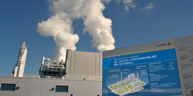 År 2008 påbörjades ett pilotprojekt kring CCS på Vattenfalls kolkraftverk i östra Tyskland. Matthias Rietschel / SCANPIX