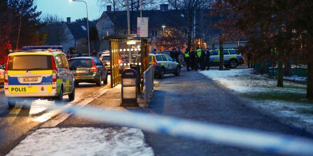 Polispatruller utanför förskolan i Hisings Kärra. Thomas Johansson/TT / TT NYHETSBYRÅN