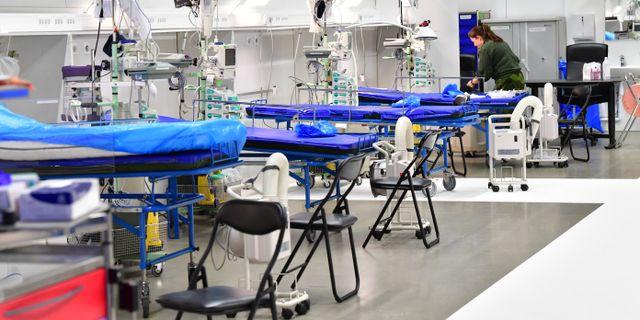 Det tillfälliga fältsjukhuset i Älvsjö är redo att tas i bruk.  Jonas Ekströmer/TT / TT NEWS AGENCY