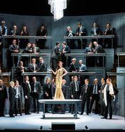 """Kungliga operans uppsättning av """"La Traviata"""". Sören Vilks"""