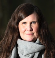 Skog som har avverkats och MP:s språkrör Märta Stenevi. TT
