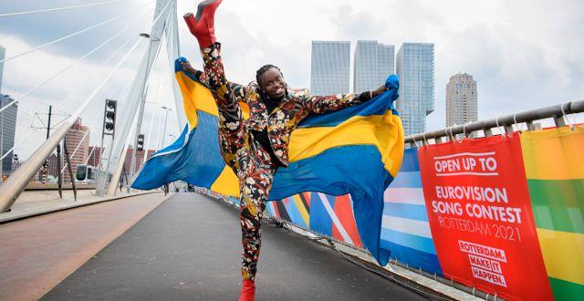 Tusse laddar upp inför finalen i Rotterdam. Jessica Gow / TT NYHETSBYRÅN