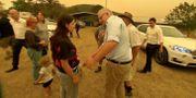 En kvinna vägrar skaka Scott Morrisons hand, 3 januari. REUTERS TV / TT NYHETSBYRÅN