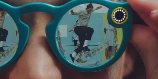 Snapchat lanserar uppkopplade solglasögon Omni