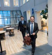 Åklagarna Lars Lindman och Olof Sahlgren i Göteborgs hovrätt på fredagen.  Björn Larsson Rosvall/TT / TT NYHETSBYRÅN