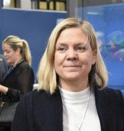 Magdalena Andersson (S) på väg in till EU-ländernas finansministermöte i Bryssel på tisdagen.  Wiktor Nummelin / TT / TT NYHETSBYRÅN