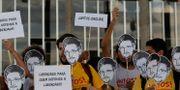 Brasilianska demonstranter som stöder Edward Snowden Eraldo Peres