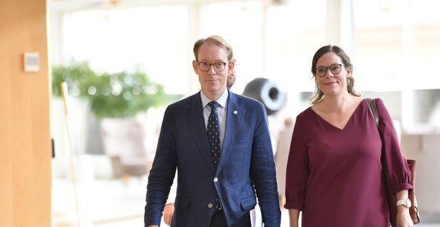 Moderaterna Tobias Billström och Maria Malmer Stenergard. Jessica Gow/TT / TT NYHETSBYRÅN