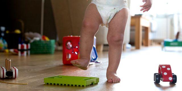 Ett barn i blöja/arkiv.  PONTUS LUNDAHL / TT / TT NYHETSBYRÅN