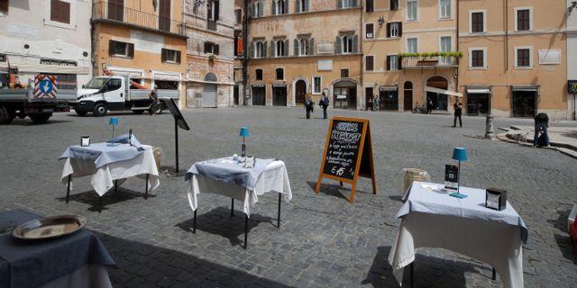 När restaurangerna i Europa gapar tomma har efterfrågan på fryslager för osåld mat ökat. Alessandra Tarantino / TT NYHETSBYRÅN