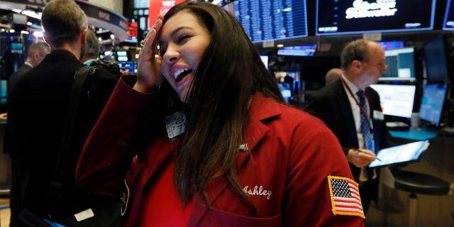 Illustrationsbild på trader på Wall Street.  Richard Drew / TT NYHETSBYRÅN