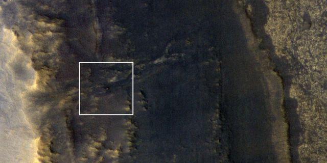 Opportunity syns som en minimal vit prick på bilden. HO / NASA/JPL-Caltech/Univ. of Arizon