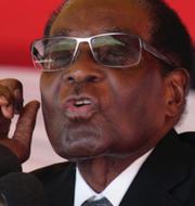 Togos Gnassingbe Eyadema och Zimbabwes Robert Mugabe. TT