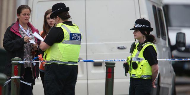 Polisens förhör vittnen i samband med dådet GEOFF CADDICK / AFP