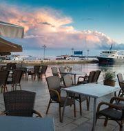 Bild från tomma restauranger i Kroatien.  Darko Bandic / TT NYHETSBYRÅN