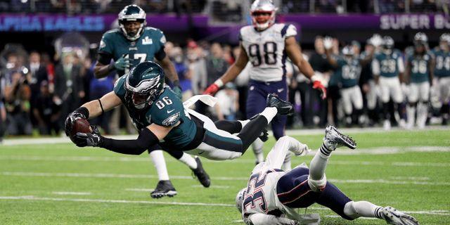 Zach Ertz sätter den avgörande touchdownen. Patrick Smith / GETTY IMAGES NORTH AMERICA