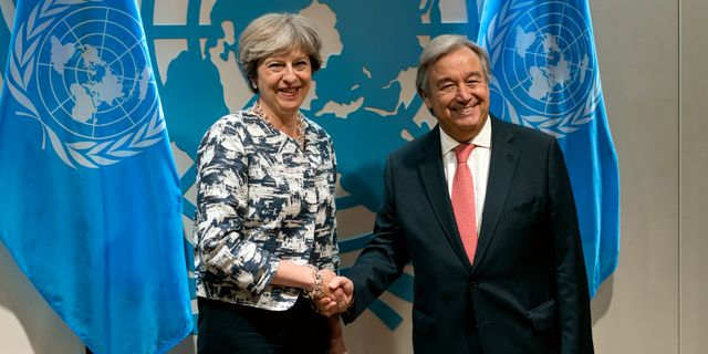 Theresa May/Antonio Guterres. Craig Ruttle / TT / NTB Scanpix