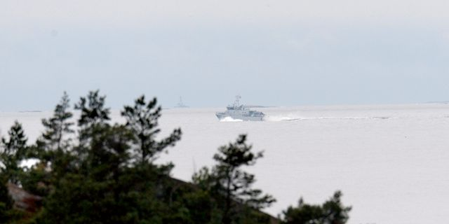 Militärbåt utanför Muskö. Arkivbild. PONTUS LUNDAHL / TT / TT NYHETSBYRÅN