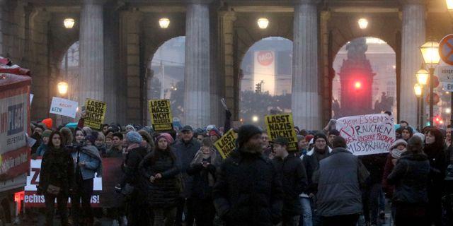 Demonstrationerna i Wien. Ronald Zak / TT NYHETSBYRÅN