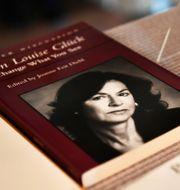 Louise Glücks böcker. Henrik Montgomery/TT / TT NYHETSBYRÅN