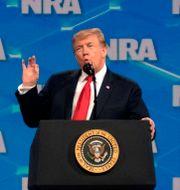Donald Trump vid NRA:s årsmöte. SAUL LOEB / AFP