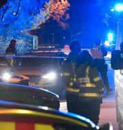 Polis och räddningstjänst på plats vid branden i Halmstad.  Johan Nilsson/TT / TT NYHETSBYRÅN