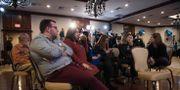 Hillary Clinton-supportrar i New Hampshire deppar på valnatten. Sex dagar senare kan de åtminstone glädjas åt att hon vann delstaten. RYAN MCBRIDE / AFP