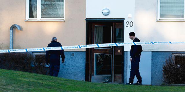 Polis vid platsen för sprängningen i Norrköping. Magnus Andersson / TT / TT NYHETSBYRÅN