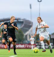 Göteborgs Emma Kullberg och Rosengårds Anna Anvegård under lagens möte i juli. MATHIAS BERGELD / BILDBYRÅN