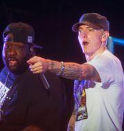 Eminem (th), arkivbild. Jack Plunkett / TT NYHETSBYRÅN