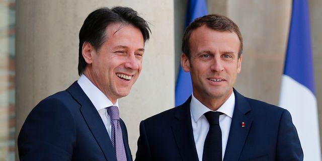 Giuseppe Conte och Emmanuel Macron Francois Mori / TT / NTB Scanpix