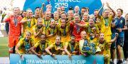 Svenska laget firar bronset.  PETTER ARVIDSON / BILDBYRÅN