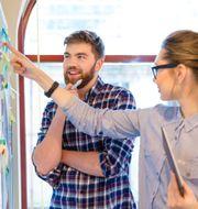 Danske Bank har utvecklat nya helhetslösningarna för att kunna möta företagarens alla behov, oberoende av var de befinner sig i sin tillväxtresa.  Colourbox