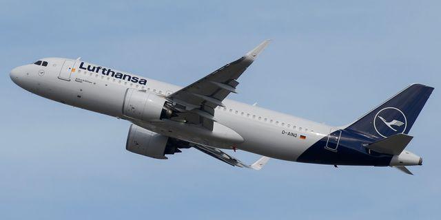 Illustrationsbild: Airbus A320 från Lufthansa. Regis Duvignau / TT NYHETSBYRÅN
