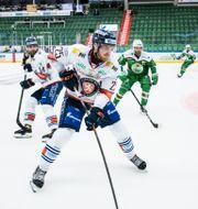 Linus Nässén under final fyra i SHL mellan Rögle och Växjö den 8 maj 2021 i Ängelholm. PETTER ARVIDSON / BILDBYRÅN