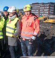 Byggprojekt på besök från norska justitieministern.  Terje Pedersen / TT NYHETSBYRÅN