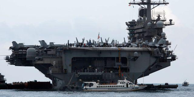 Hangarfartyget USS Theodore Roosevelt. Nguyen Huy Kham / TT NYHETSBYRÅN